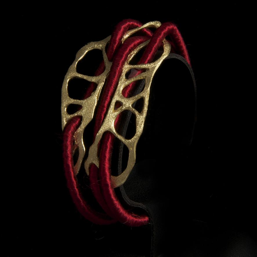 Bracelet bronze, createur grec 40 euros