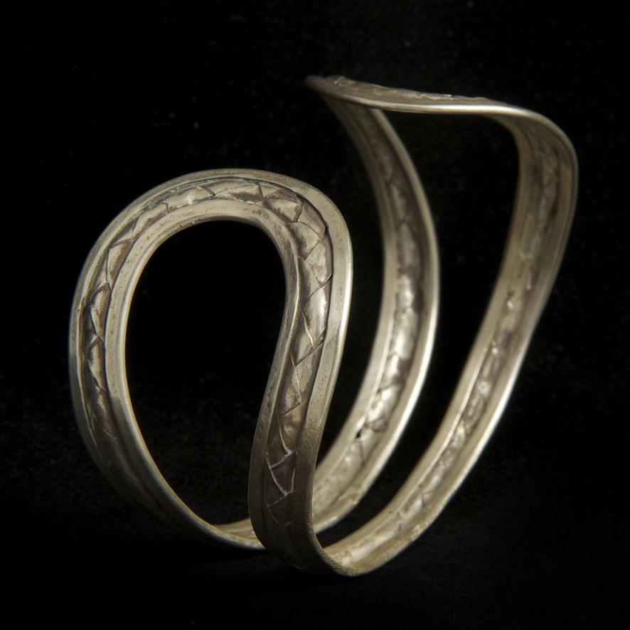 Bracelet double courbes, argent 110 euros