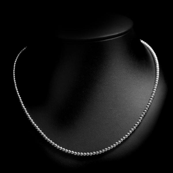 Collier perles, 40 euros